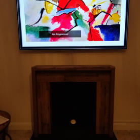 Swindon TV Screen install