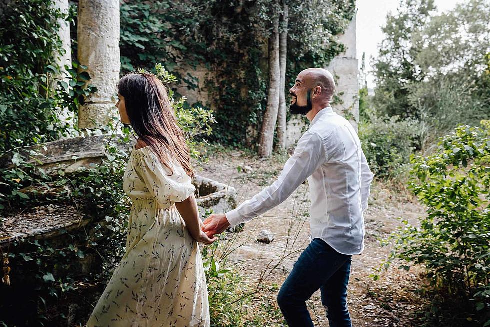 Foto di coppia in Sardegna _ Prematrimoniale romantico nel verde_11.jpg