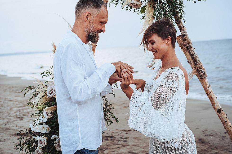 elopement sardinia intimate wedding