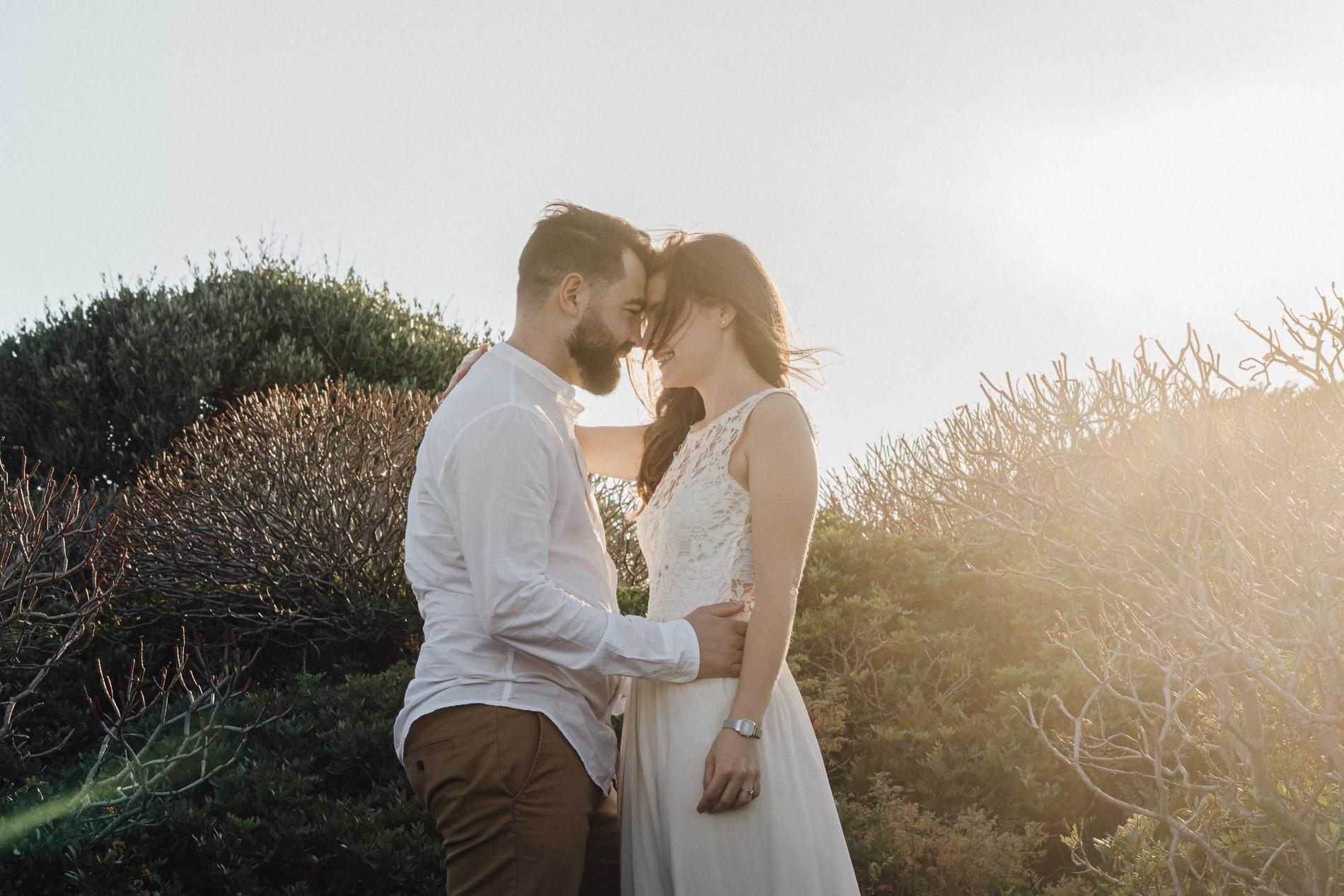 foto di coppia al tramonto in Sardegna