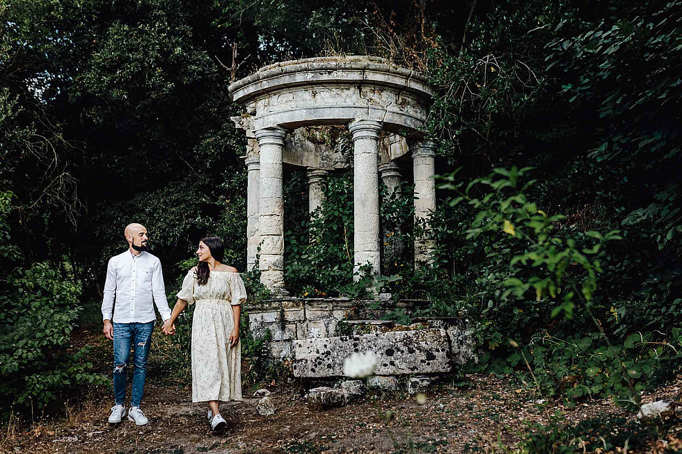 Foto di coppia in Sardegna _ Prematrimoniale romantico nel verde_24.jpg