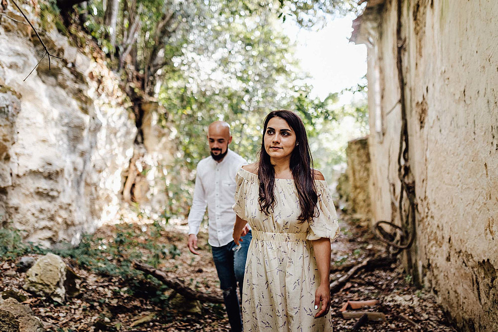Foto di coppia in Sardegna _ Prematrimoniale romantico nel verde_28.jpg