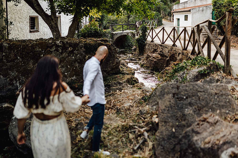 Foto di coppia in Sardegna _ Prematrimoniale romantico nel verde_50.jpg