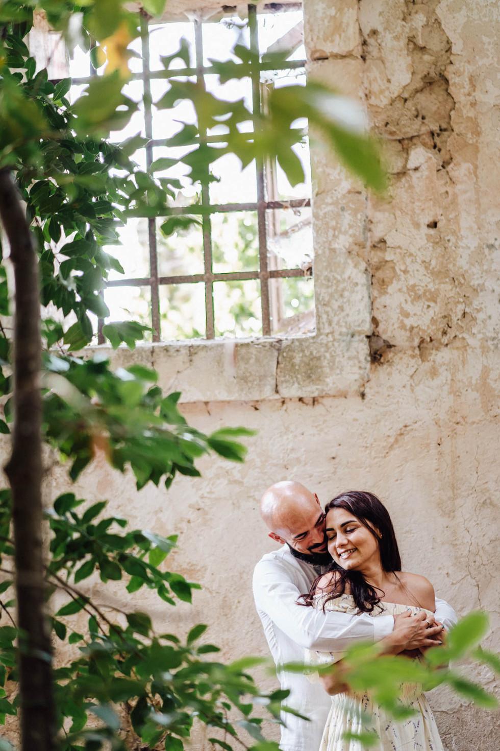 Foto di coppia in Sardegna _ Prematrimoniale romantico nel verde_31.jpg