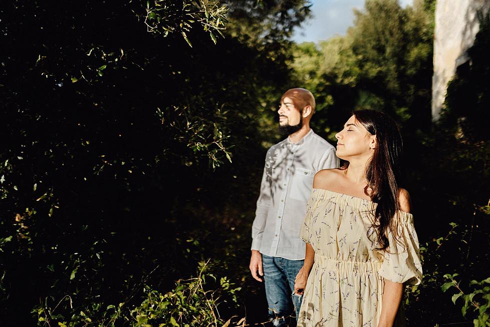 Foto di coppia in Sardegna _ Prematrimoniale romantico nel verde_34.jpg