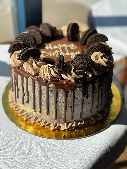 Schoko Drizzle Cake