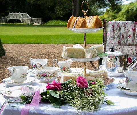 Lady Marjories Afternoon Tea Picknick mit Tee