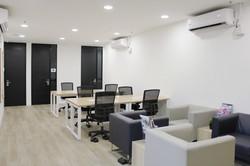 Hot desk area in Ozone@18SYS