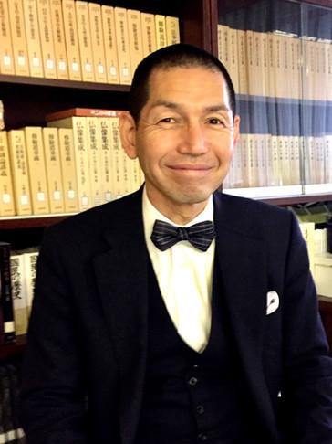 UTAI bow tie wearer in Osaka