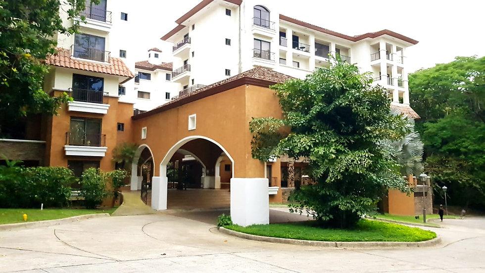 Clayton, Embassy Club Courtyard