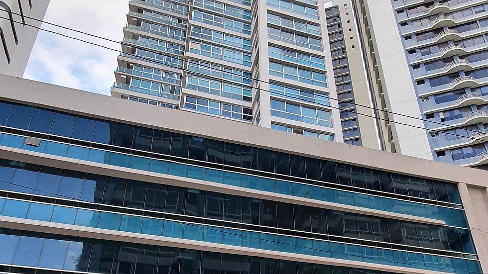 Bella Vista, Alquiler de Apartamento Amoblado, PH Grandbay Tower. Av. Balboa