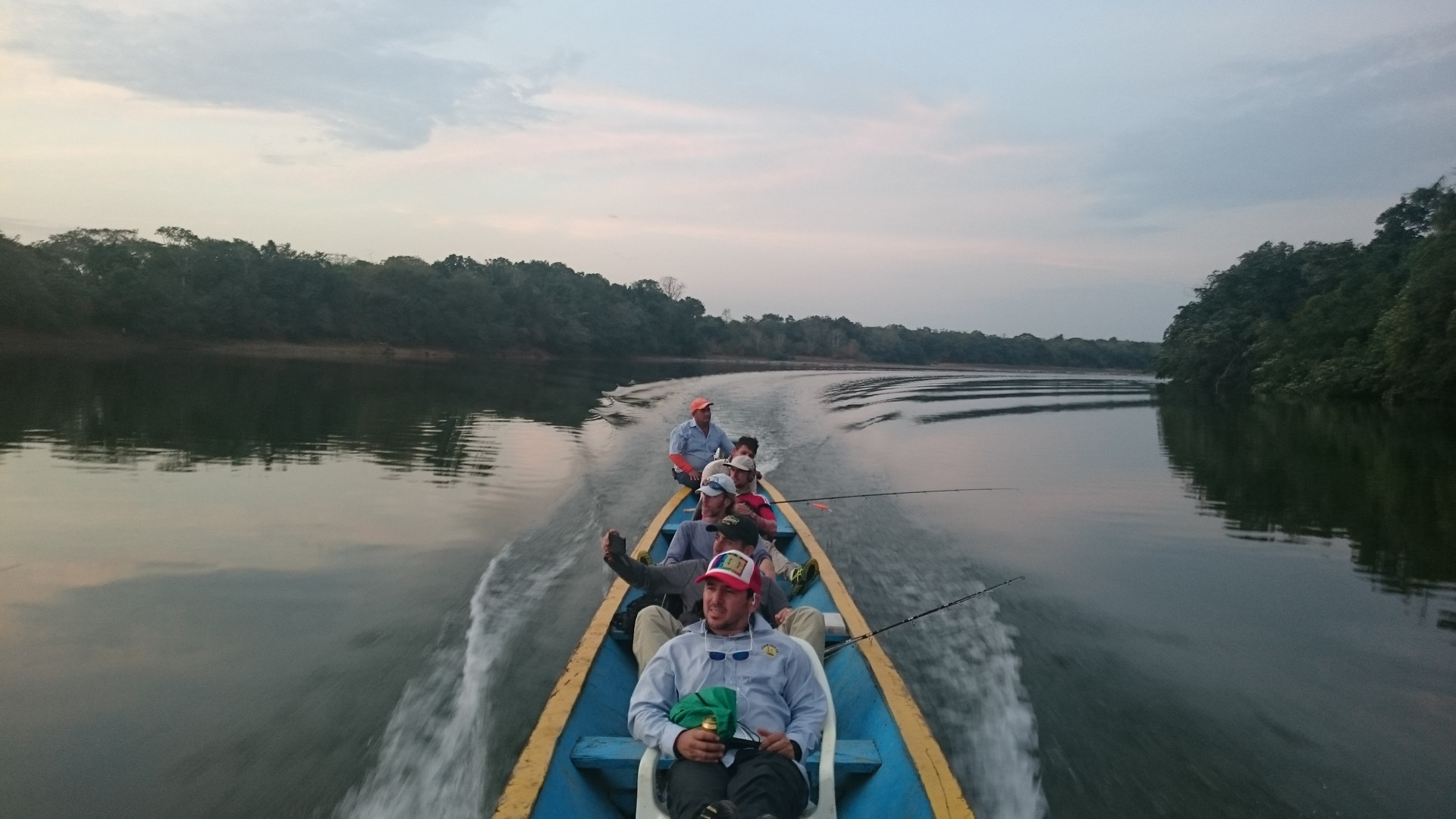 Pesca en el río Guayabero