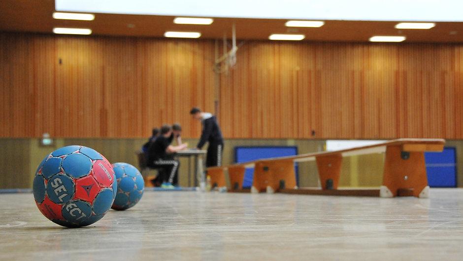 handball-3113631_1920.jpg
