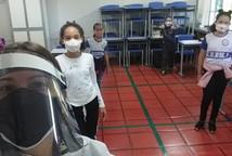 Alunos das redes municipal, estadual e privada retornam às escolas; veja a situação em Minas