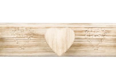 Patère triple gravée coeur en bois vieilli