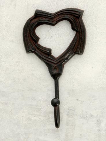Crochet simple cœur en fonte