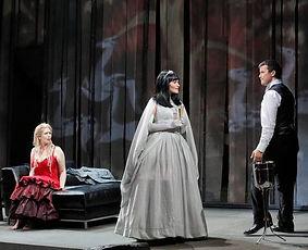 Kirsten Chambers as Fremde Fürstin in Rusalka