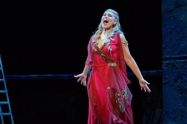 Kirsten Chambes as Salome