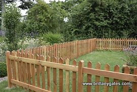 Palisade Fencing with morticed Posts
