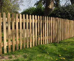 Brittanygates-Palisade-Fencing-Brittany-Bretagne-France