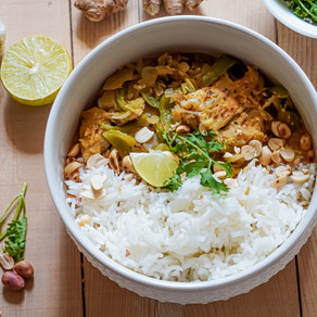 Healthy and delicious Coconut Chicken Curry! Have you tried it yet?
