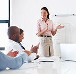 presentatie-geven-vrouw.jpg