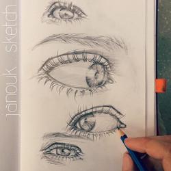 sketching eyeyeyes 👀_•_•_•_#art #eye #illustration #drawing #draw #picture #artist #sketch #sketchb