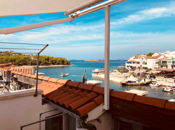 Balcony with Sunroof