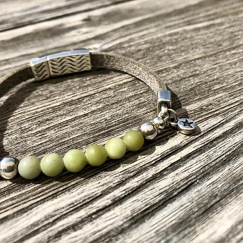 Armband Leder und olivgrüner Achat