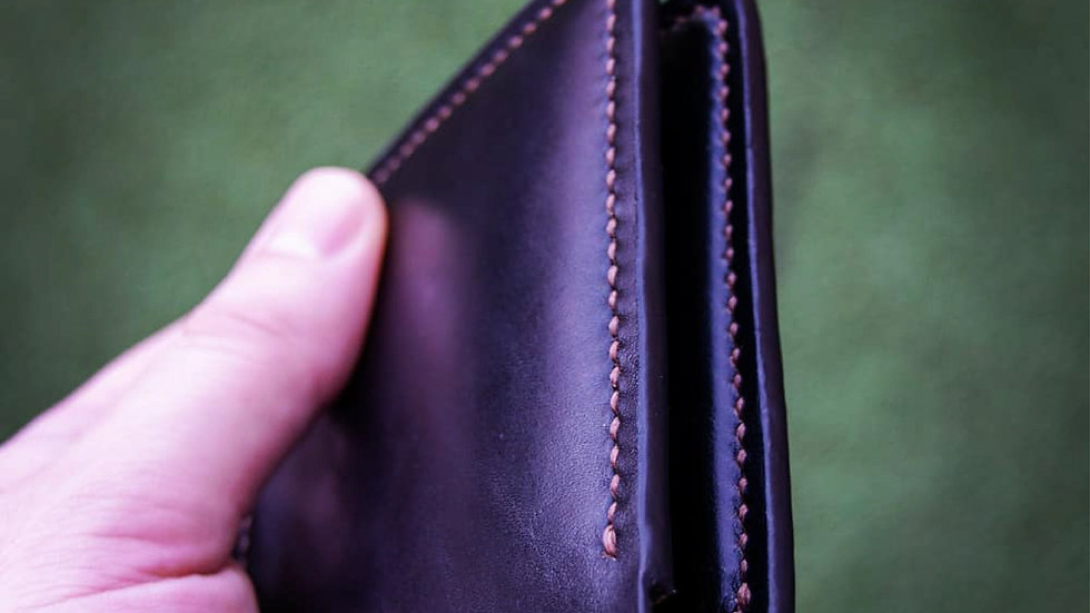 Luxury Horween - Leather Bifold Wallet - Hand stitched