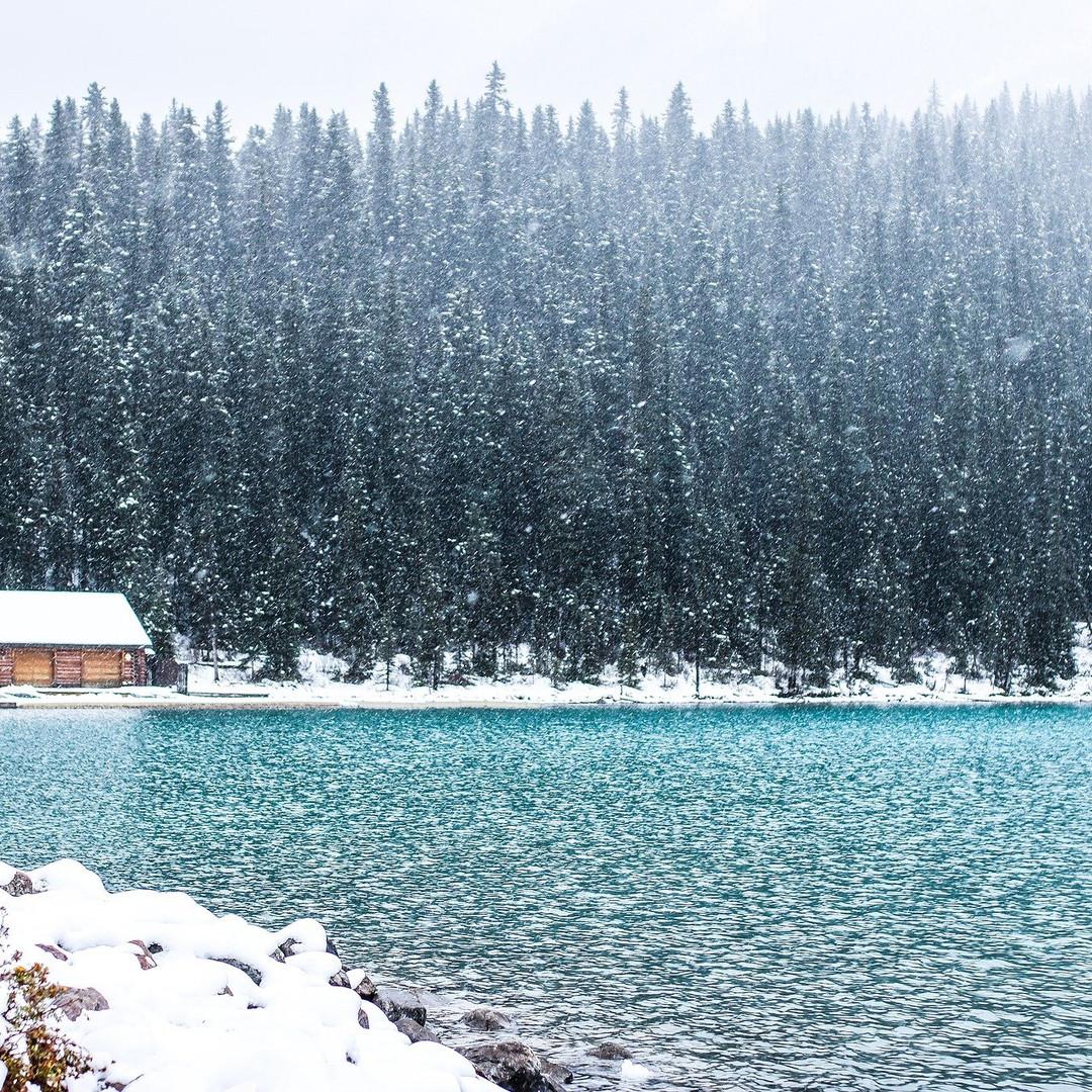 lake-2896381_1920.jpg
