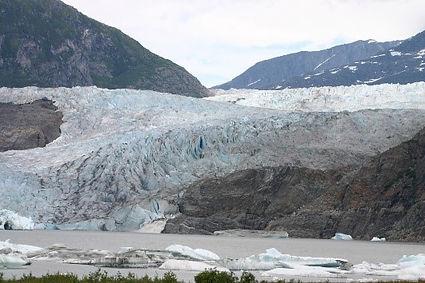 Land ice glacier.jpg