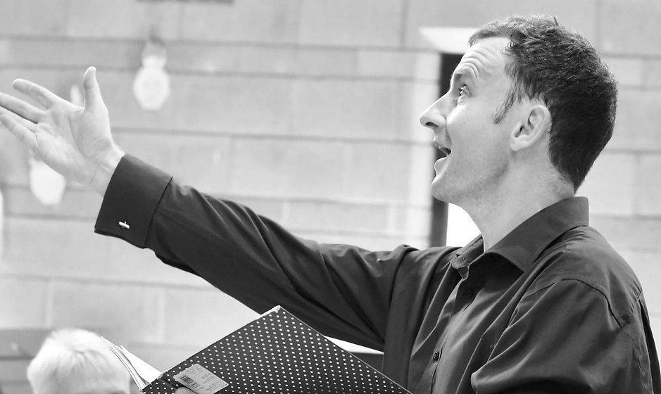 Mark Conducting B&W SongBuilders Landsca