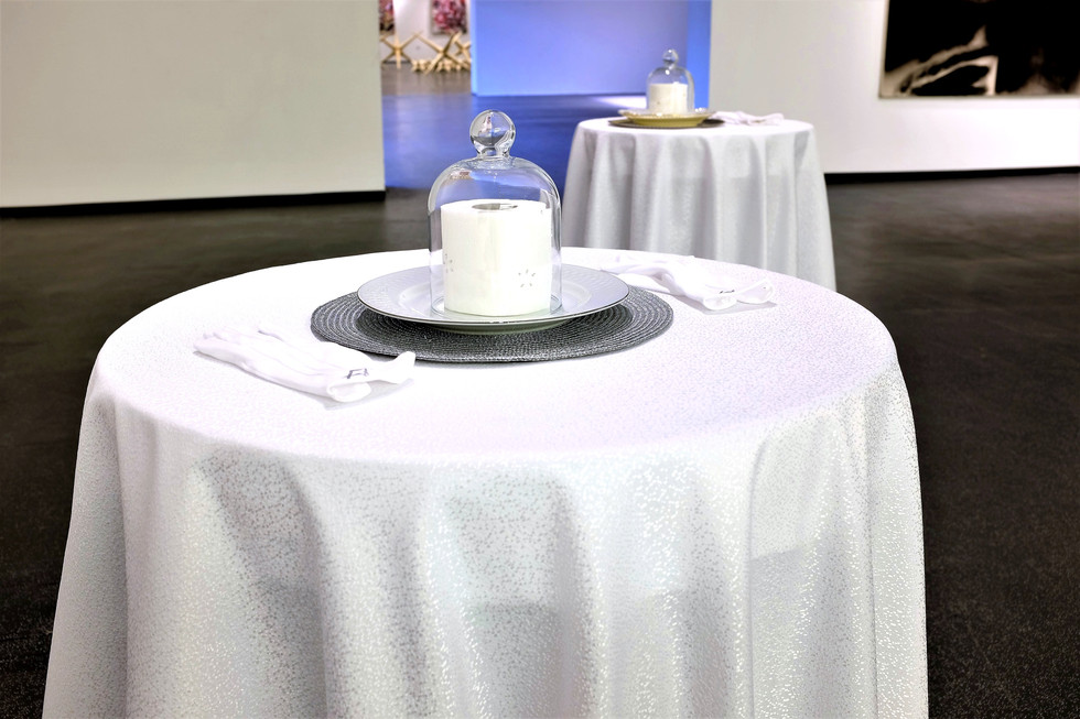 Toilet (Female/ Male), 2017, fragrance-installation, Zsolnay Quarter, m21 Gallery, Pecs