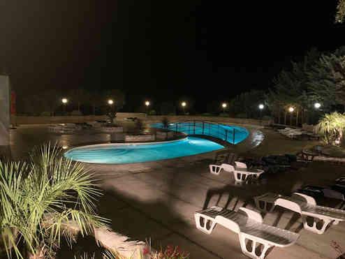 piscine nuit .jpg