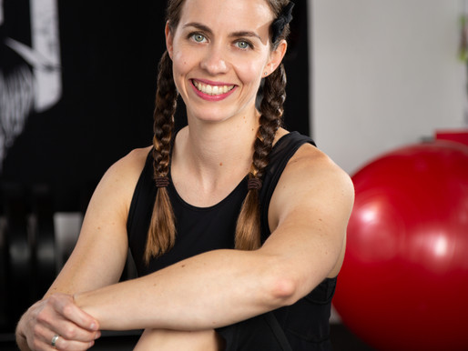 Episode 4: Navigating bullsh*t and getting bulky with Karina Inkster