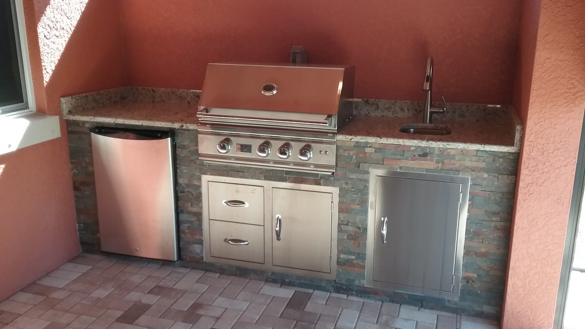 fort-myers-outdoor-kitchen-summerset
