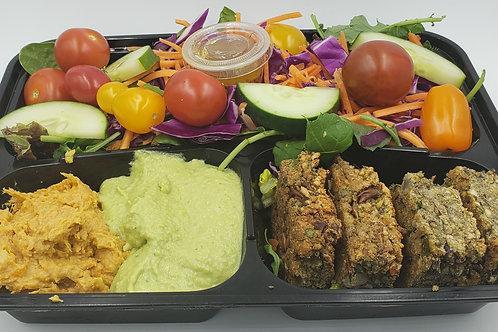 01- Falafel Meal with Hummus and Big Salad