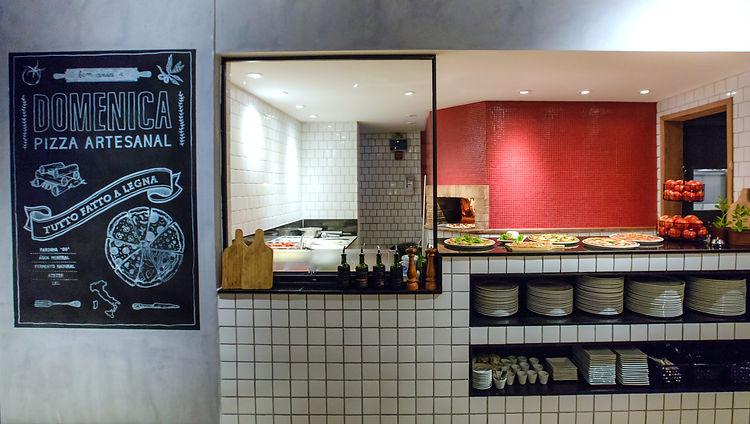Área de Produção e Forno à Lenha da Domenica Pizzaria Pizza Artesanal Italiana Rio de Janeiro