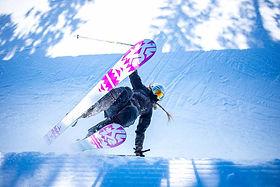 Skiing, K2