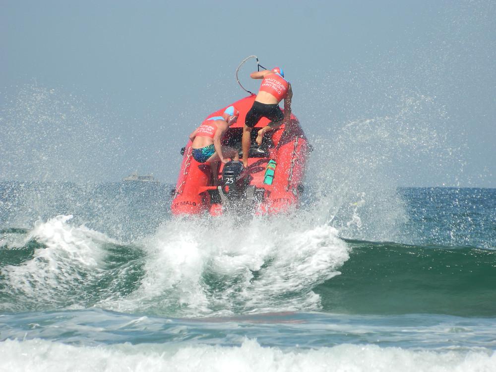 course d'irb championnat de France de sauvetage sportif ffss Nautisurf Saint-Malo termine sur le podium vice-champion de France