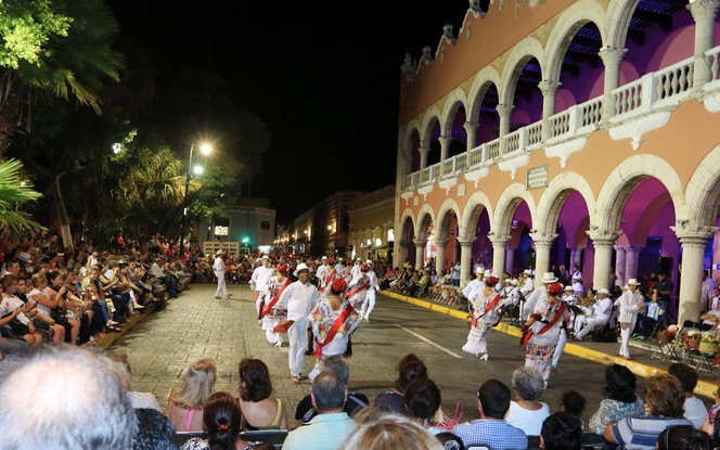 A CALENDAR OF FREE WEEKLY CULTURAL EVENTS IN DOWNTOWN MÉRIDA