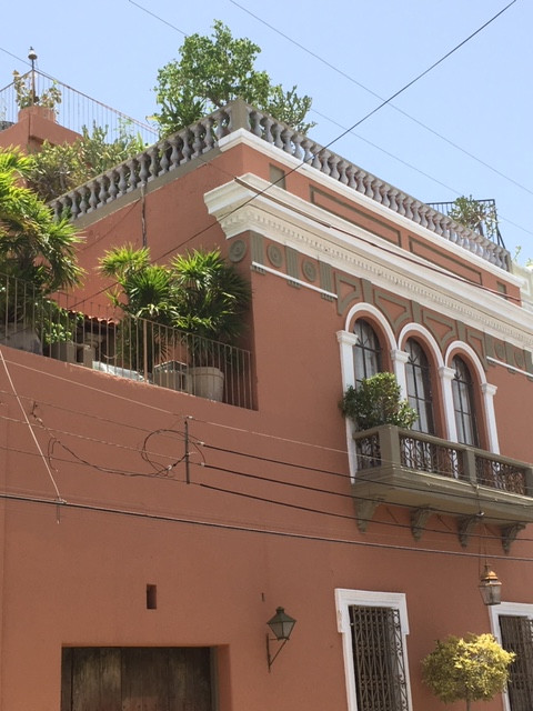 Hotel Casa Mexilio and Tavern