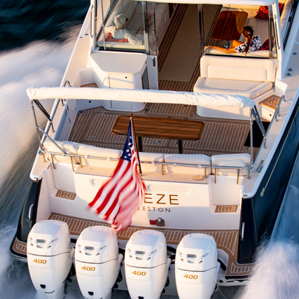 MJM Yacht 53z - The World's Largest Outboard-Powered Express Cruiser