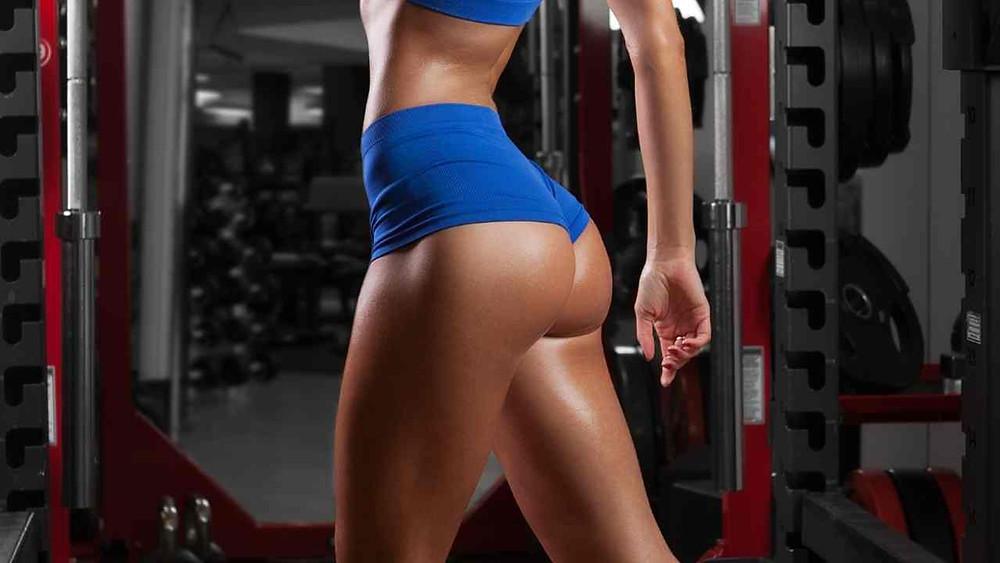 mieux contracter ses fesses grace aux squats