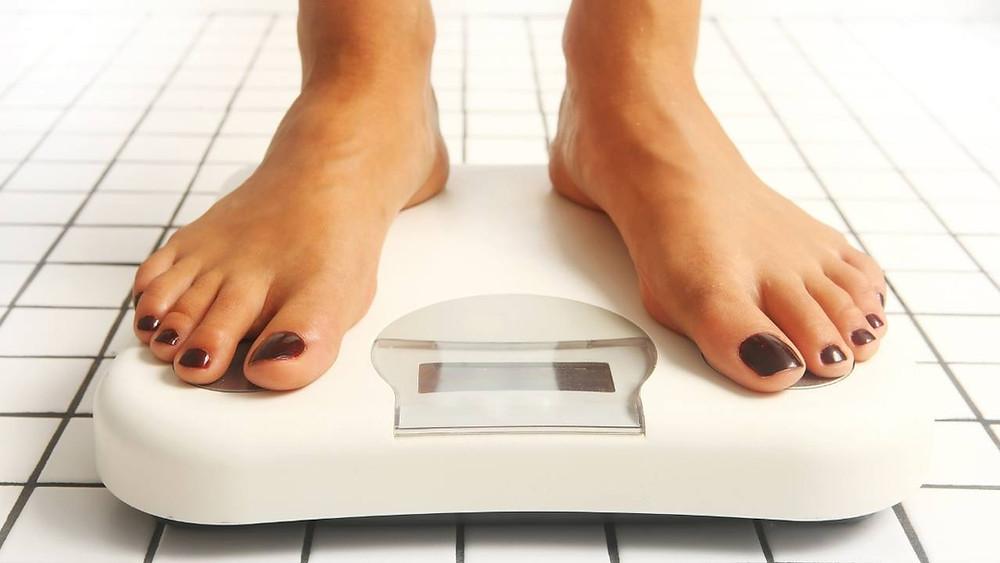 Suivre l'évolution du poids pour adapter la diete