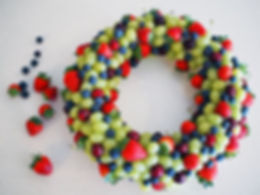 christmas-fruit-wreath.jpg