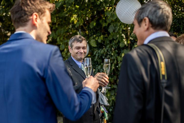 Agape in den Weinbergen - Hochzeitsfotografie am Bodensee, in Nonnenhorn in Deutschland || Bohoray - Abendteuer Hochzeitsfotos und Elopementfotografin - Victoria Rüf || www.bohoray.com