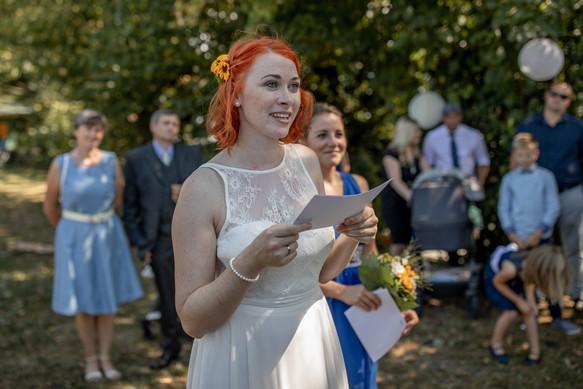 Freien Trauung in den Weinbergen - Hochzeitsfotografie am Bodensee, in Nonnenhorn in Deutschland || Bohoray - Abendteuer Hochzeitsfotos und Elopementfotografin - Victoria Rüf || www.bohoray.com