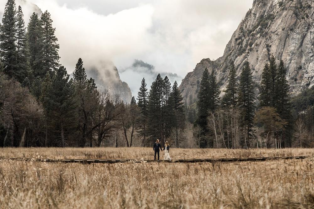 Yosemite Nationalpark Elopement || Destination Weddingphotographer Califorina || Victoria Ruef - Bohoray Adventure Wedding & Elopementphotographer